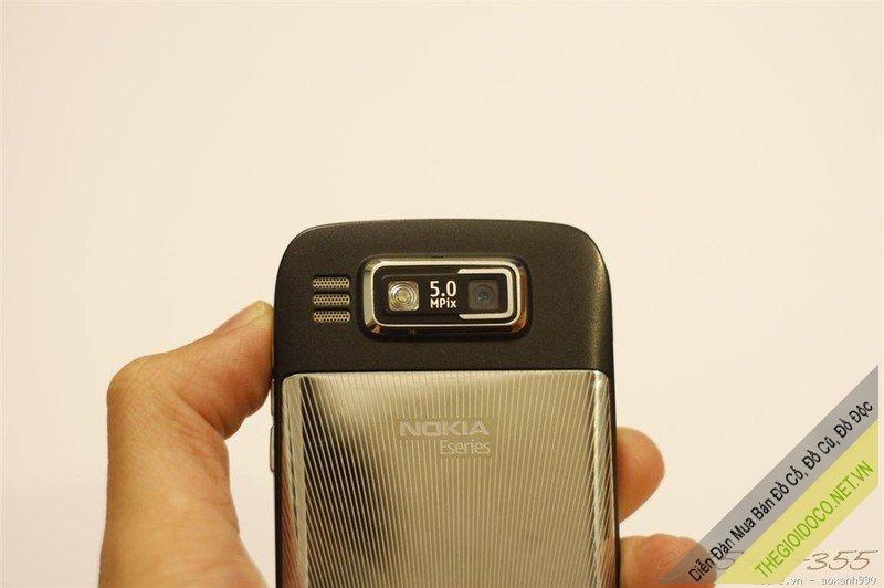 nokia-E-72-06.jpg