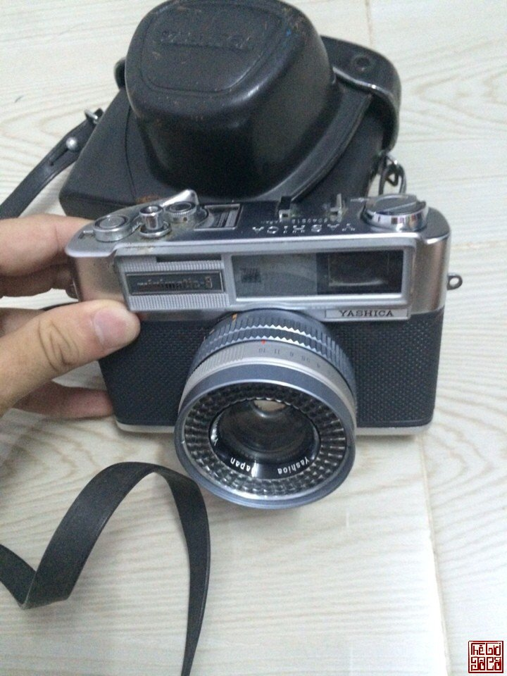 Yashica minimatic-s 1963 (4).jpg