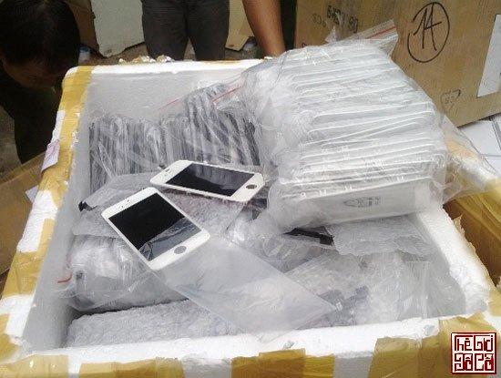 Một vụ buôn lậu điện thoại và linh kiện bị phát hiện_Thegioidoco.net.jpg