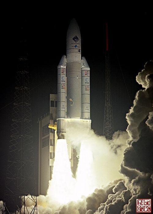 Hành trình 6 tỷ km đến sao chổi của tàu vũ trụ Rosetta_3_TGDC.jpg